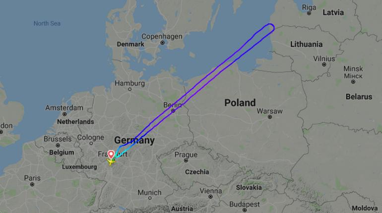 Рейс из Франкфурта в Петербург пролетел полпути и вернулся назад