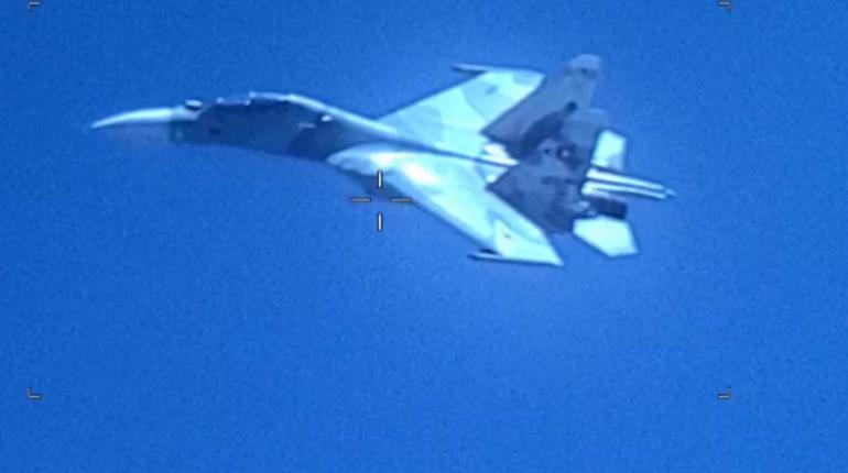 Су-30 Венесуэлы обвинили в «агрессивном преследовании» самолета США