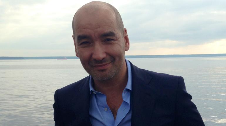 Бизнесмен Бурдинский подал в суд на «Фонтанку» и замглавреда Вышенкова