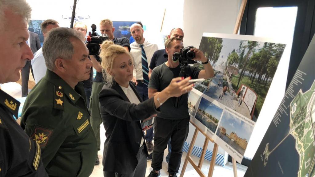 Шойгу открыл в Кронштадте павильон туристического кластера «Остров фортов»