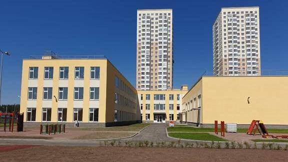 В Приморском районе до конца года строители сдадут две школы
