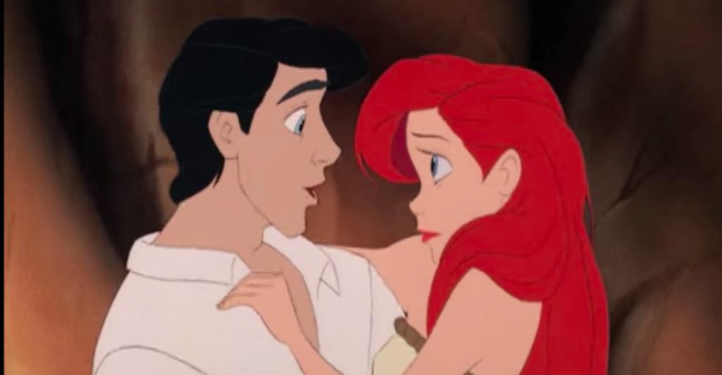 Сбербанк может купить права на показ фильмов Disney в России