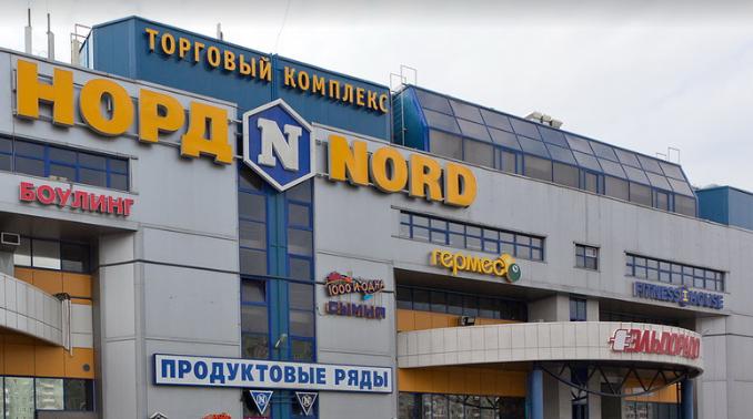 На Композиторов у студента-узбека отобрали машину и деньги