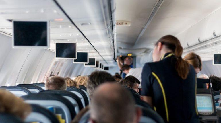 Самолет экстренно сел в Ростове-на-Дону из-за смерти пилота