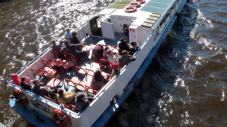 День туризма в Петербурге: бесплатные экскурсии и водные прогулки