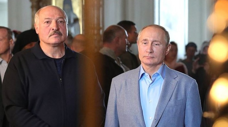 Путин договорился об интеграции с Белоруссией в Петербурге, город замер в пробках