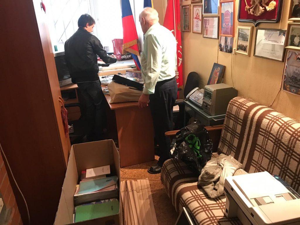 Из Дома Балинского чиновники выселили казаков-сквотеров