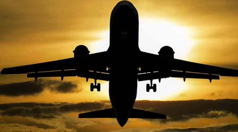 Вывозной рейс из Ташкента в Петербург перенесли на неопределенный срок