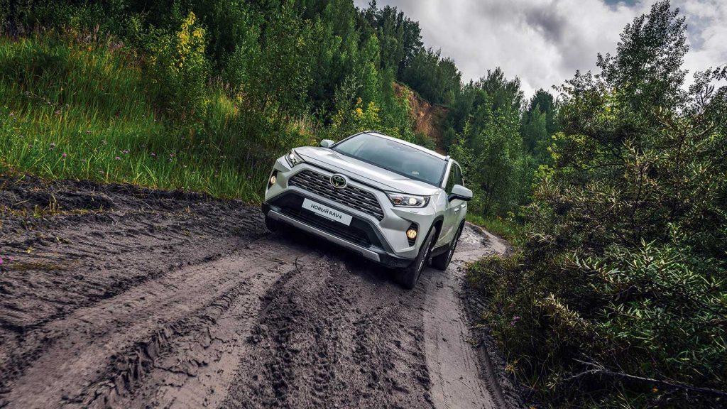 В Петербурге запустили производство новой Toyota RAV4
