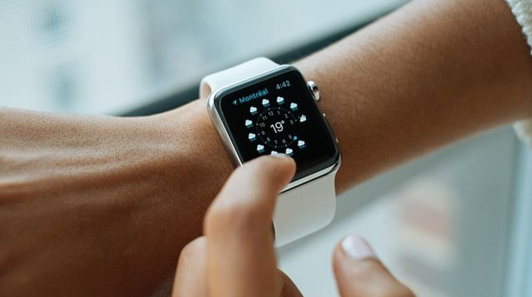 Apple запатентовала «умные» часы с 5G