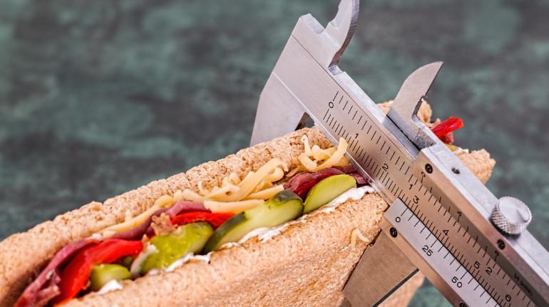 Главный диетолог Минздрава дал советы по похудению