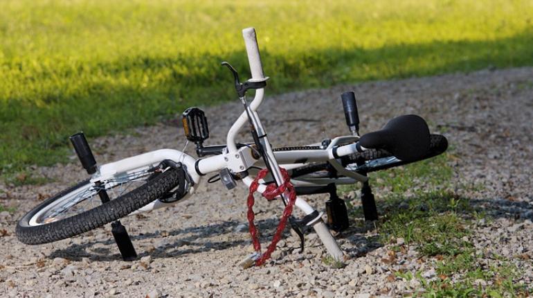Под Белгородом мать с двумя детьми на велосипедах сбили насмерть