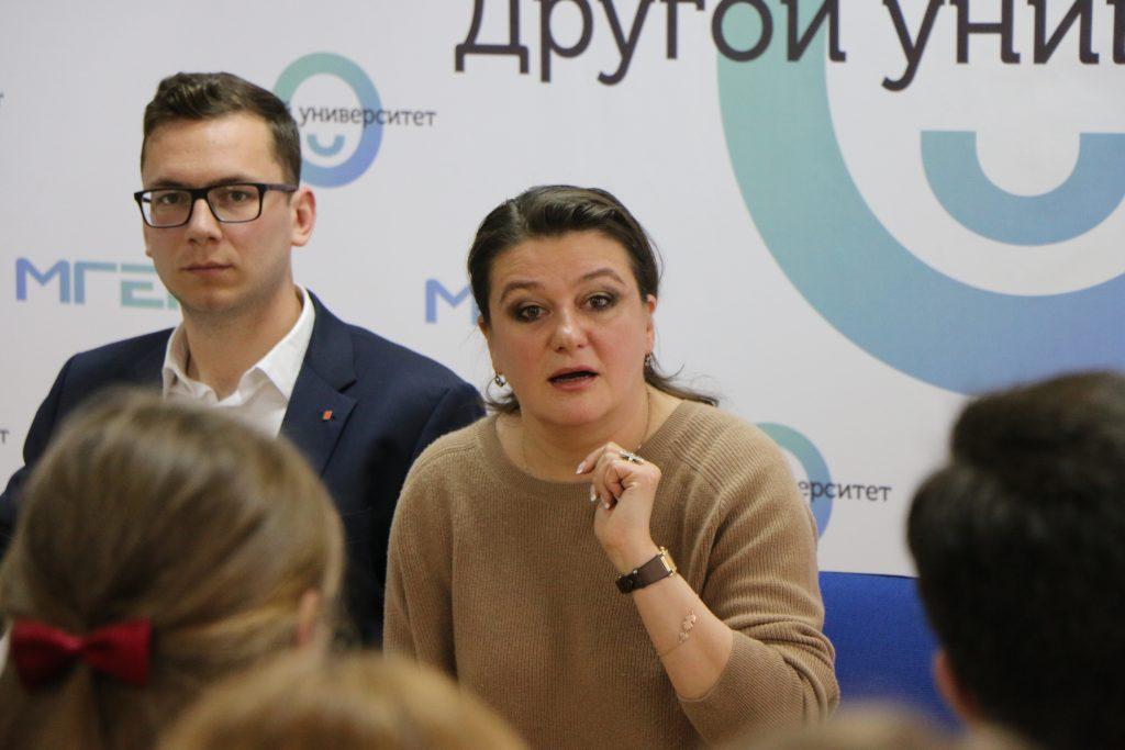 Анастасия Мельникова стала заместителем главы комиссии ЗакСа по образованию, культуре и науке