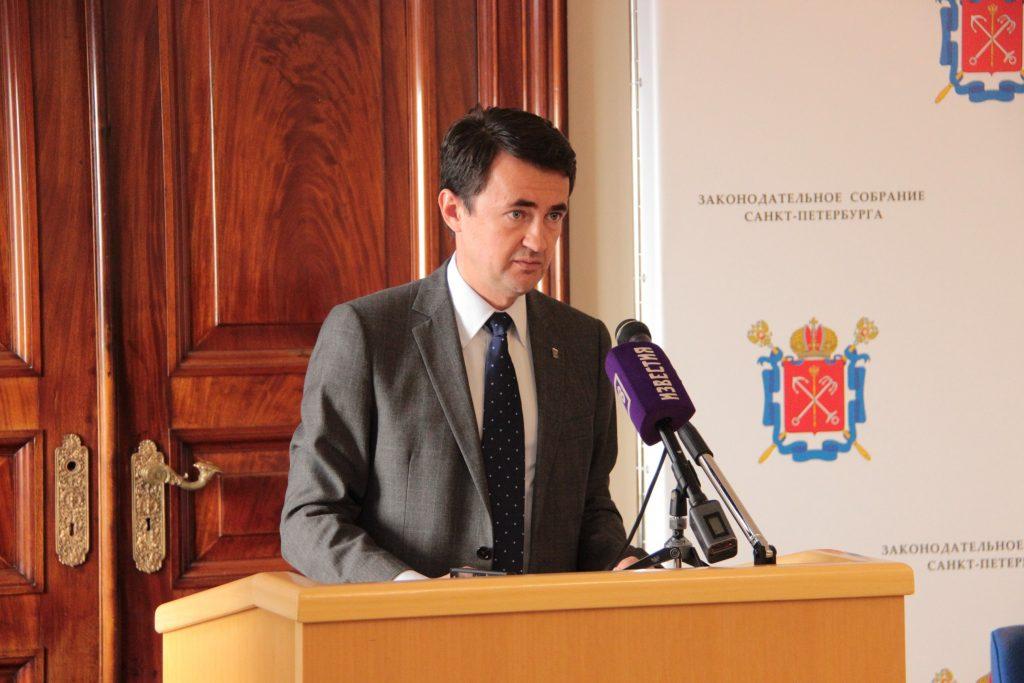 Правительство Петербурга наделят полномочиями по организации городского туризма