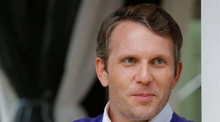 Максим Левченко вновь призвал снять ограничения с петербургских ТЦ