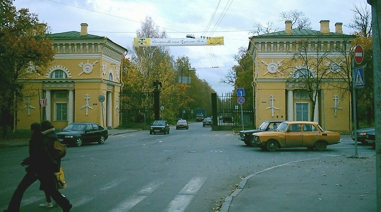 Проездам и дорожным сооружениям без названия дали имена