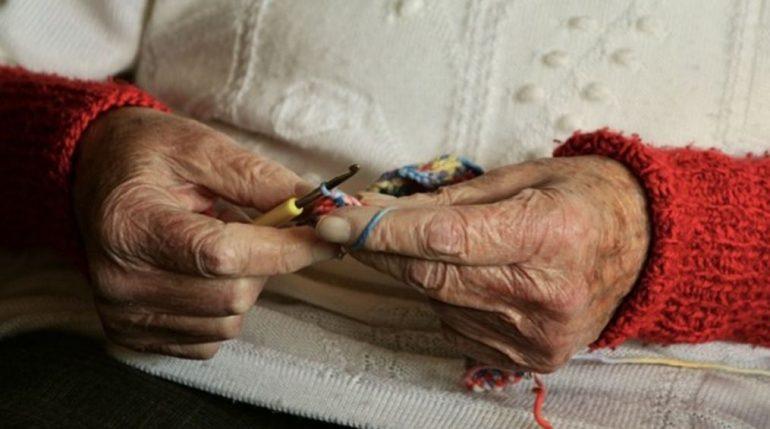 Лжегазовики залезли к пенсионерке в комод и забрали 62 тысячи