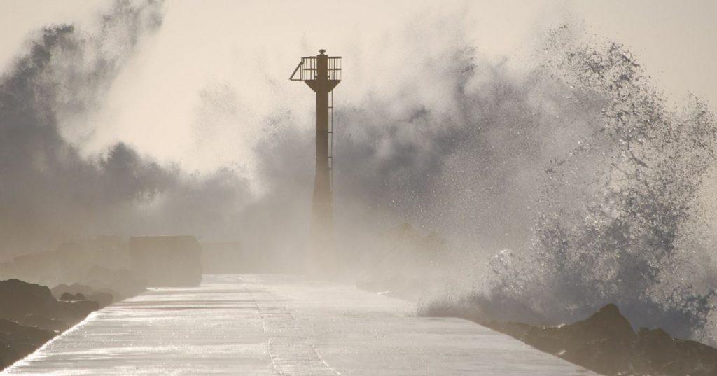 Перечислены районы Приморья, которые могут пострадать от тайфуна «Хайшен»