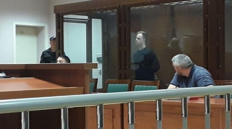 В суде Петербурга обвиняемый раскаялся в жестоком убийстве подруги