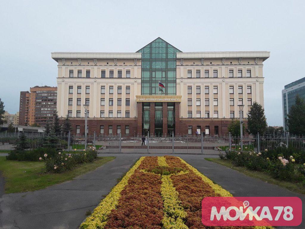Потери и поиски: суд снова не смог решить спор активистов и Смольного из-за Муринского парка