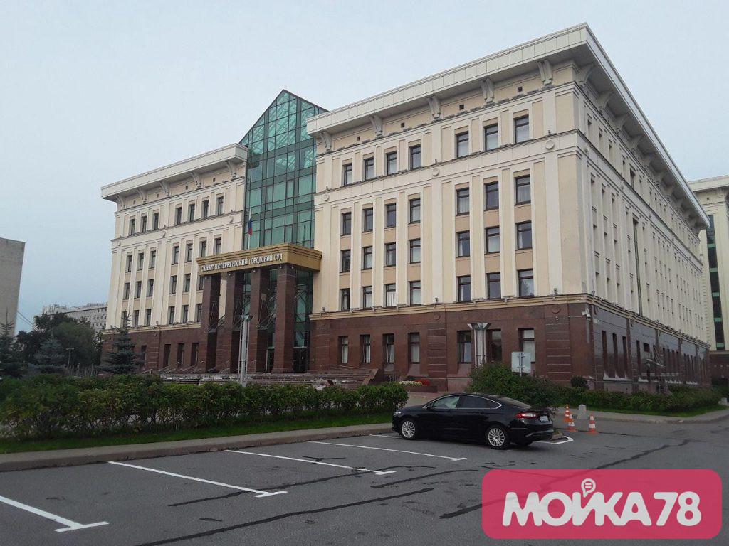 Суд Петербурга не стал рассматривать дело об убийстве из-за любви