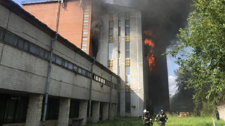 Пожар на Складской побил рекорды последних лет по сложности тушения