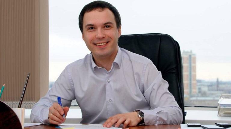Специалист по поддержке бизнеса Старковский возглавил «Дом молодежи»