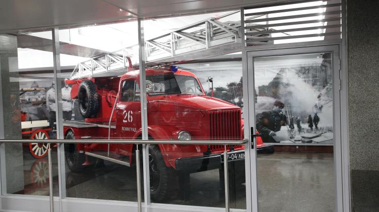 В вестибюле «Проспекта Славы» открыли пожарный музей