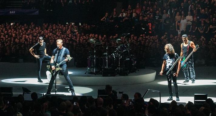 Глубоководного червяка назвали в честь группы Metallica