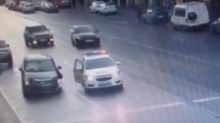 ГИБДД показала видео погони за «пьяным» Cadillac по Садовой