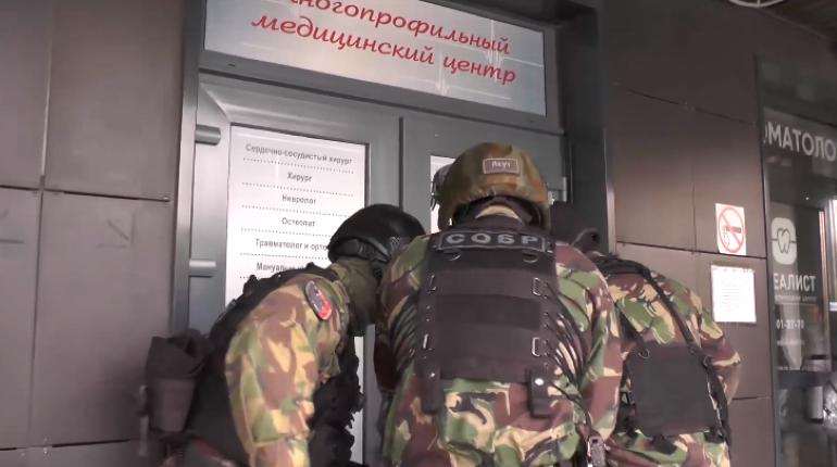 «Приема не будет»: после обысков в медцентрах «нашли» организованное преступное сообщество