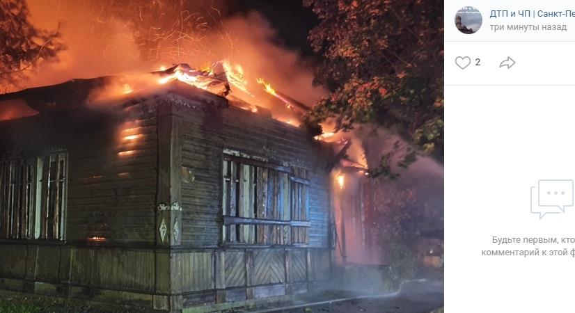 Из-за сгоревшего памятника культуры в Новой Ладоге в отношении сотрудников МО возбуждено дело