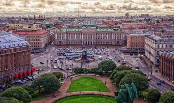 Петербург планирует участвовать в Форуме регионов Беларуси и России