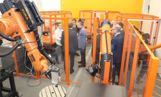 По поручению Беглова появится кубок губернатора по робототехнике