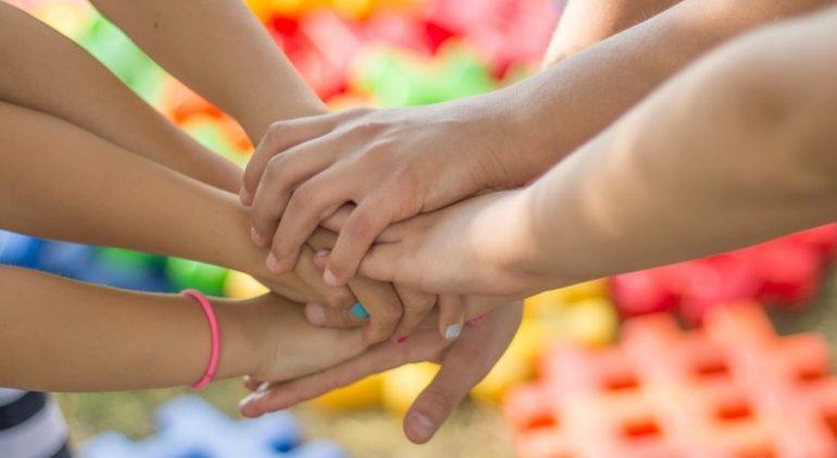 В Петербурге коронавирус упростил получение поддержки для семей с детьми