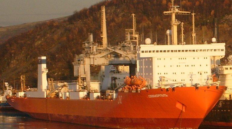 В Петербург прибудет первый в мире атомный контейнеровоз
