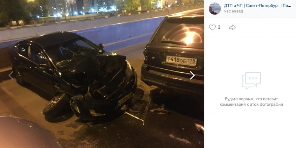 На Обводном водитель на Kia протаранил четыре машины и сбежал