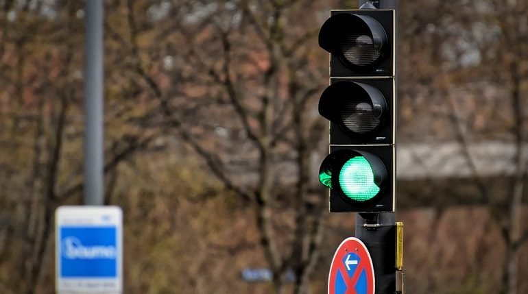 В Петербурге в 2020 году построили 30 новых светофоров