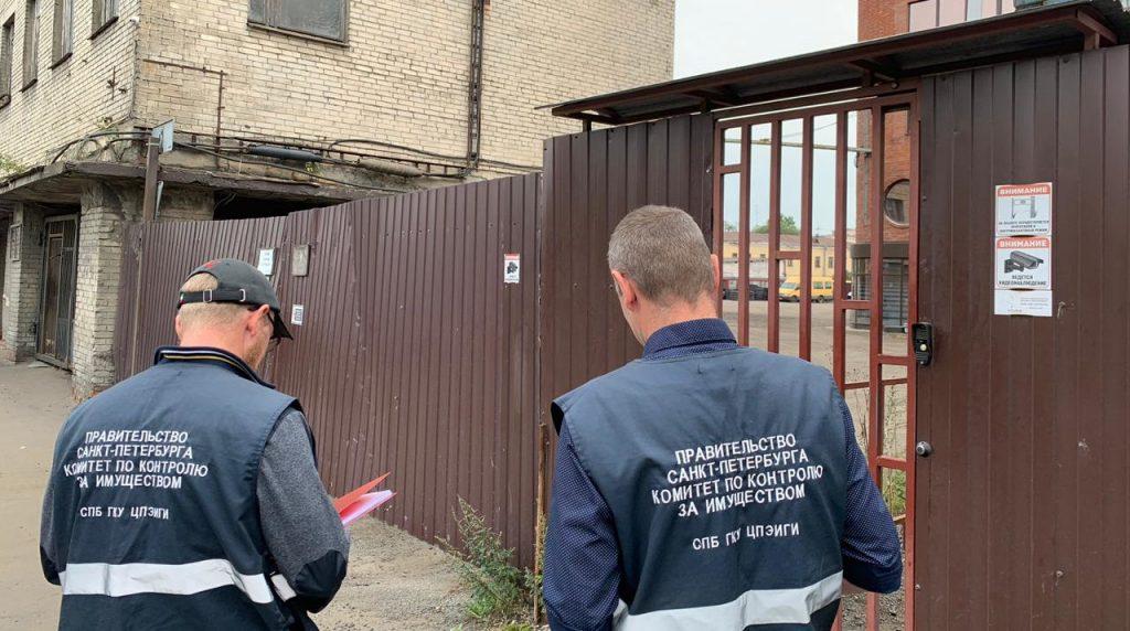 ККИ выселил захватчиков помещений на Фаянсовой