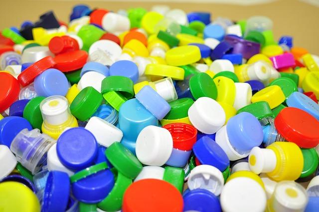 В организмах немецких детей нашли 11 видов пластика