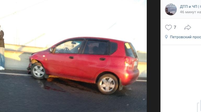 В утреннем ДТП на мосту Бетанкура «раскидало» три авто