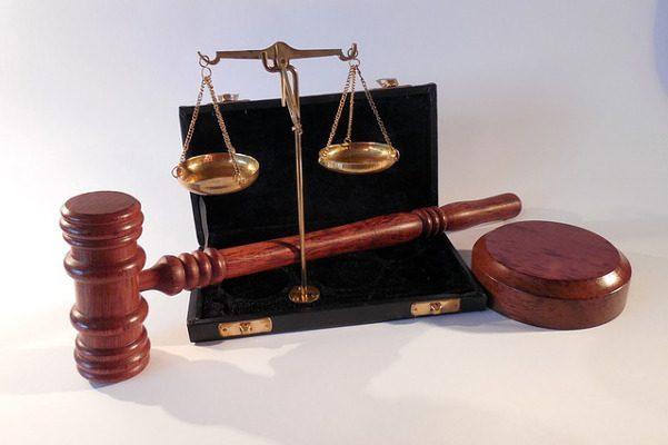 В Петербурге инспекторы ДПС пойдут под суд по делу о взятках на 170 тысяч