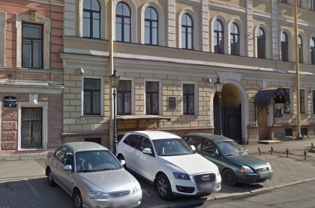 Петербургской организации влепили двойной штраф за «синий дым»