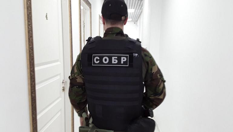 В Петербурге проходят обыски в медцентрах, зарабатывавших на липовых диагнозах