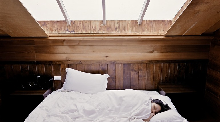 Ученые выяснили, что недосып может привести к деменции
