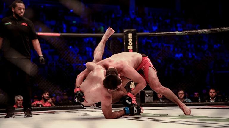 Олейник расстроился из-за поражения от Деррика Льюиса на турнире UFC