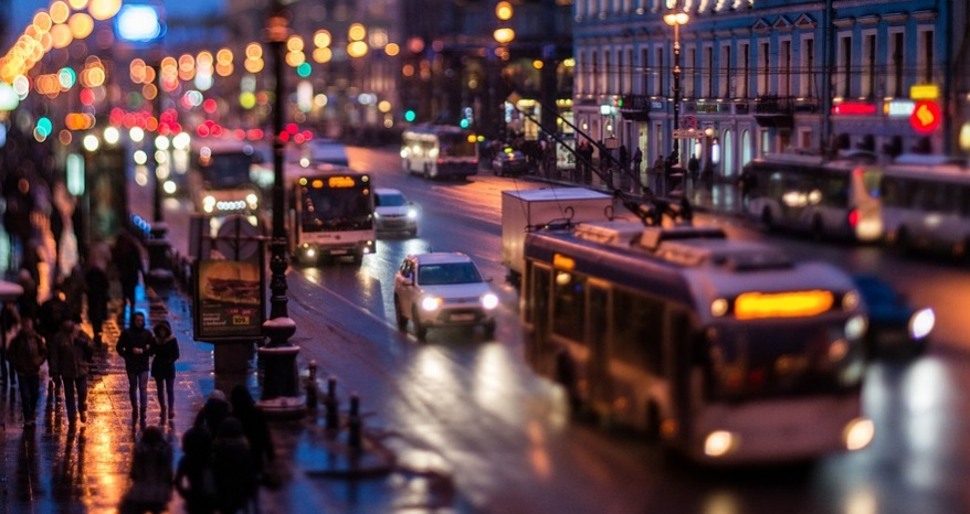 В центре Петербурга автолюбителям могут запретить ездить быстрее 30 км/ч