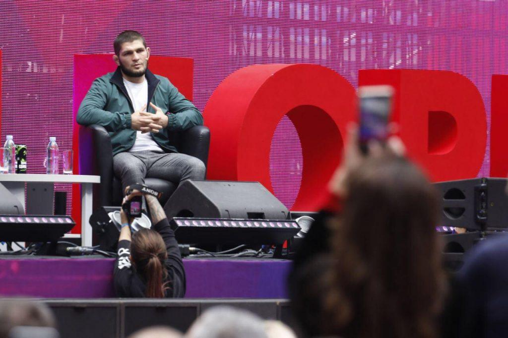 Нурмагомедов обсудит свою карьеру с главой UFC