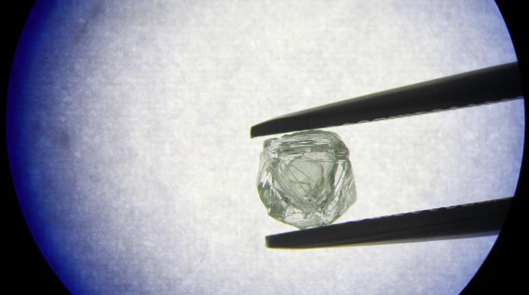 Российские ученые создали комплекс для определения чистоты и подлинности алмазов