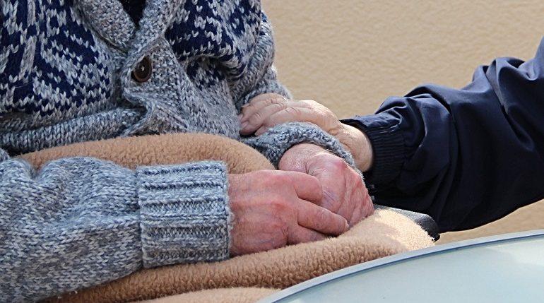 Предприниматель устроил в «трёшке» на 18 этаже дом престарелых
